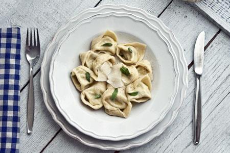 """Tortellini d'alberginia """"burro e salvia"""""""