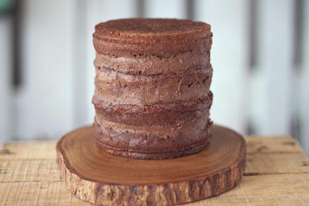 """Naked cake"" de xocolata i cafè"